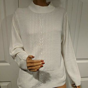 Carolyn Taylor Women's White Sweater Small